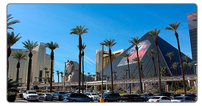Image of Luxor Hotel Pyramind Las Vegas - High Roller Casino